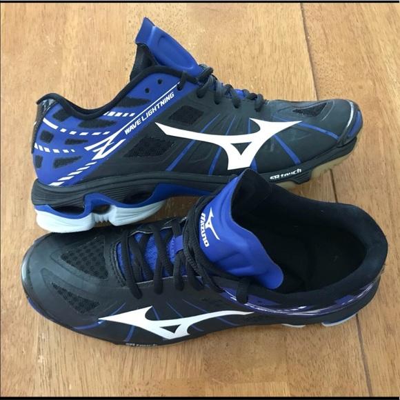 discount mizuno volleyball shoes womens aviators